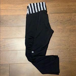 Lululemon Yoga Cropped Leggings